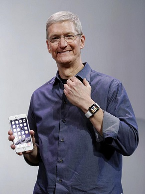Tim Cook with Apple iPhone 6 and Apple Watch