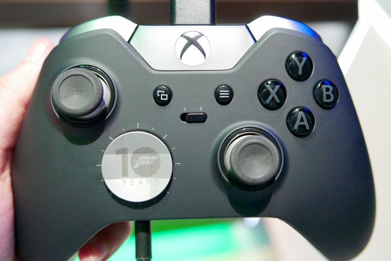 XBOX-ONE-CONTROLLER-image